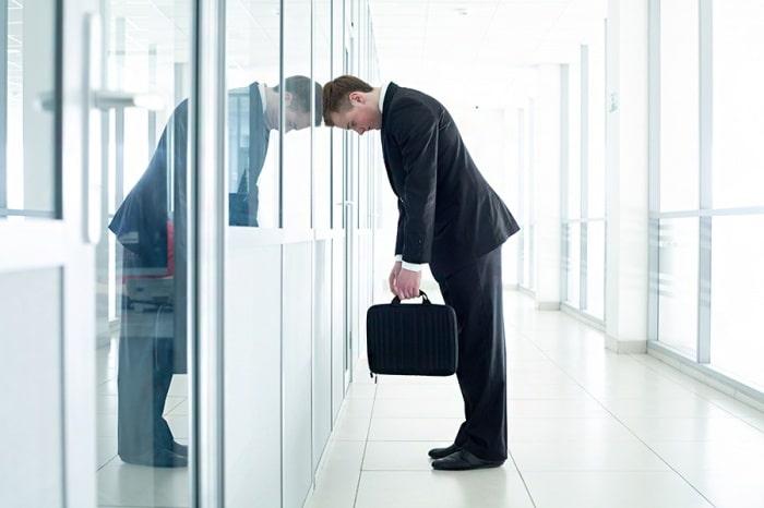 Сокращение работника по инициативе работодателя выплаты